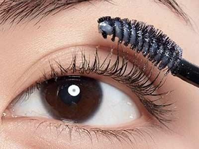 教你魅力大眼妆 眼线液的画法步骤